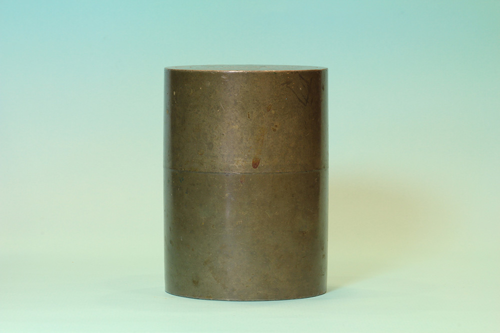 三葉葵錫茶入(盒)