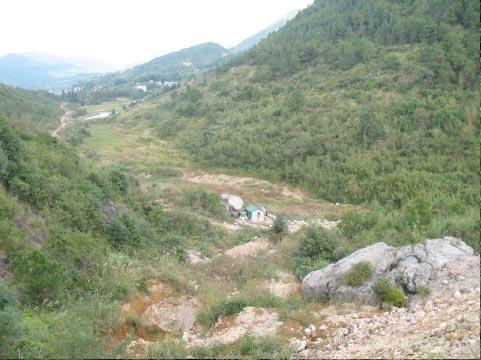 月尾礦區金獅峰獨石產地